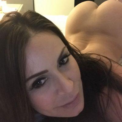 Оленька — экспресс-знакомство для секса от 2500