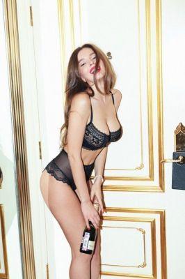 Анжела  — знакомства для секса в Питере