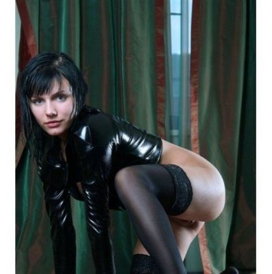 Жанна — проститутка студентка от 2000 руб. в час