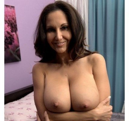 Алёна — лингам-массаж от проститутки - 3000 руб. в час
